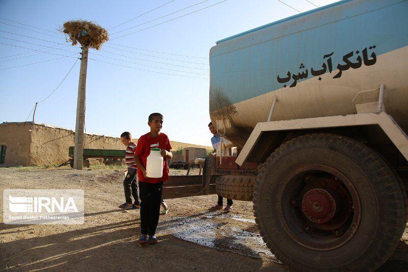 تصویر روستاهای کاشان از آبرسانی سیار بینیاز شدند