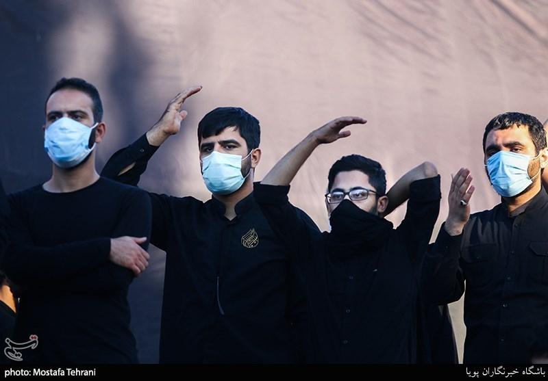 تصویر برگزاری مراسم عزاداری در اردستان با رعایت کامل پروتکلهای بهداشتی/ مداحان به ندای رهبر معظم انقلاب لبیک گفتند