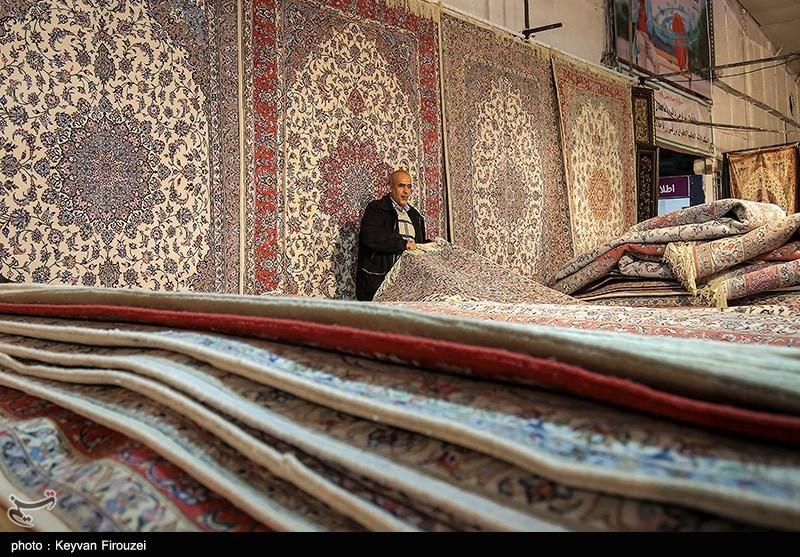 تصویر بیمهری مسئولان به بافندگان فرش دستباف در بادرود