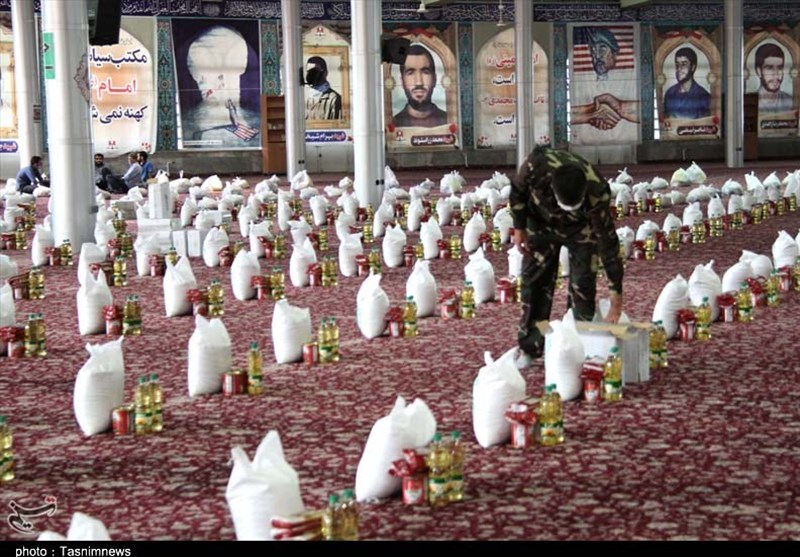 تصویر گام دوم رزمایش کمک مومنانه در اردستان آغاز شد