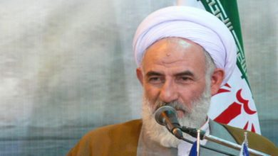 تصویر امامجمعه کاشان: اساسیترین موضوع در تداوم انقلاب اسلامی اقتصاد است