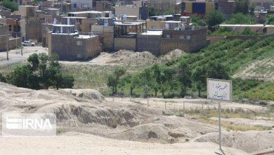 تصویر ۲ ملک واقع در حریم تپههای سیلک کاشان آزادسازی شد